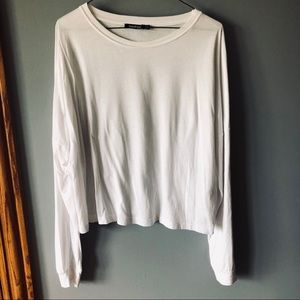 Boohoo white long sleeve cropped top